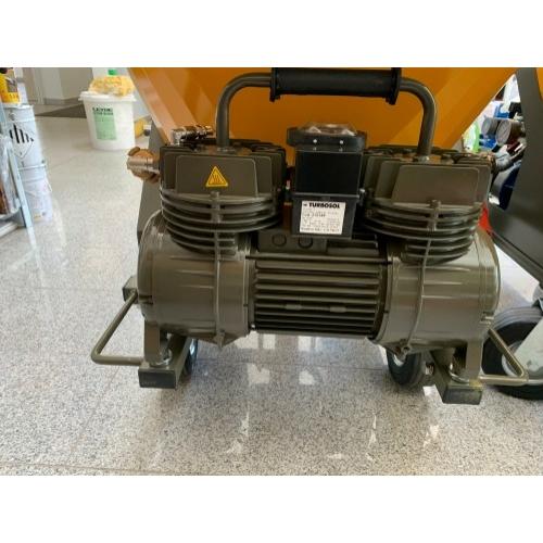 Vakológép Kompresszor 400V / 50Hz, 250 liter/perc